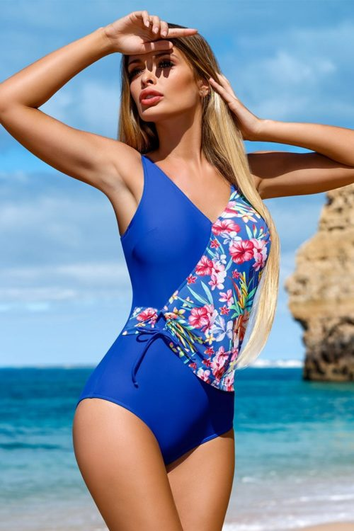 8936a4ff95c5c Tieto plavky jednoznačne lichotia ženskej postave, majú vyberateľné  vypchávky bez kostíc a ich široké ramienka sú na zadnej strane dĺžkovo  regulovateľné.