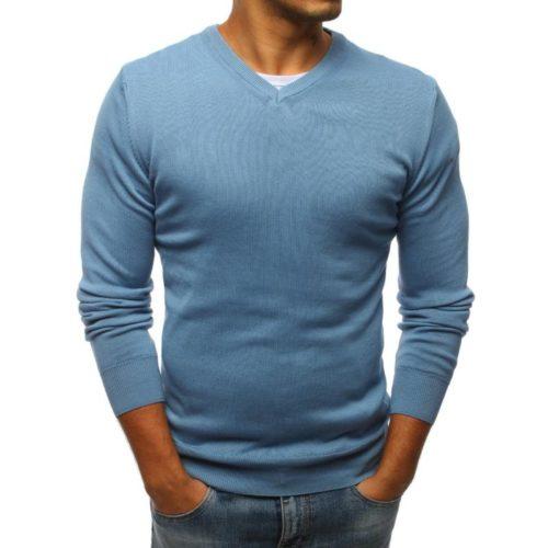 ee79939adc1a1 Zvýrazní váš neodolateľný pôvab jemným modrým odtieňom. Je vyrobený zo 100%  bavlny. Je to sveter s véčkovým strihom a dlhým rukávom.